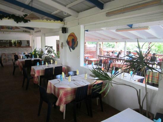 Restaurant chez man michel saint fran ois guadeloupe for Cuisine ouverte guadeloupe